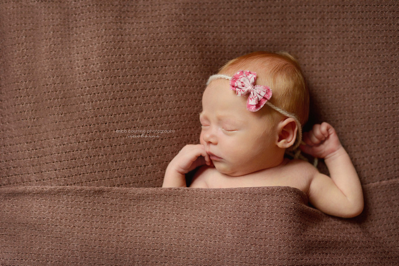 Raleigh Holly Springs newborn photographer with natural, organic style.