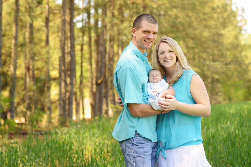 natural organic outdoor newborn photography session raleigh cary holly springs apex fuquay varina photographer