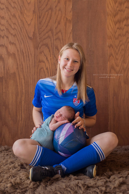 raleigh cary holly springs fuquay varina nc newborn photography with digital files